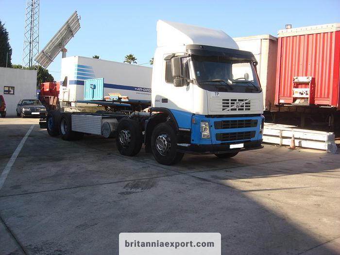 Used 2005 VOLVO FM12 380 8X2 chassis cab