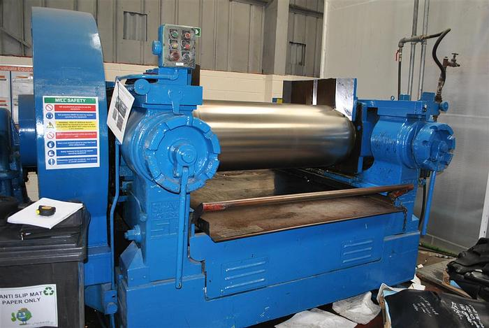 Used Shaw Robinson 22in dia x 60in Two Roll Mill