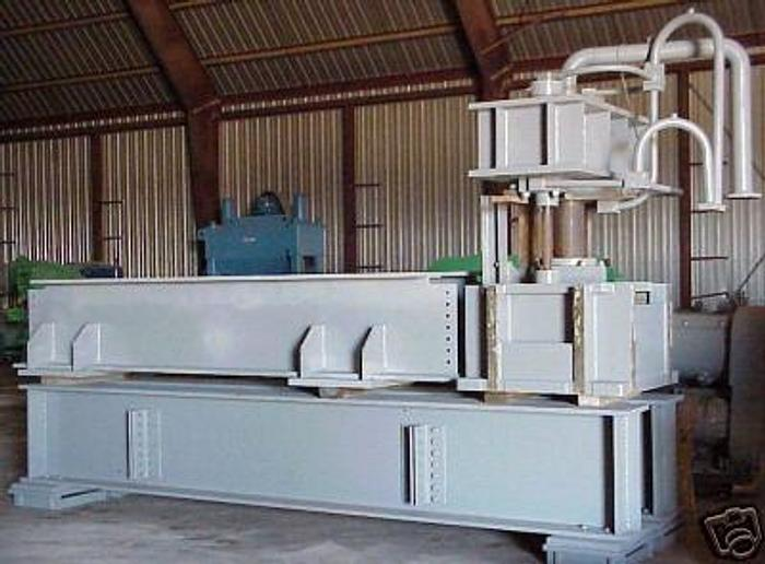 Used 350 Ton USI/Clearing Hydraulic Straightening Press; Traveling Head Type