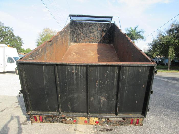 10 Ton Gooseneck Dump Trailer 20' Long X 8' wide