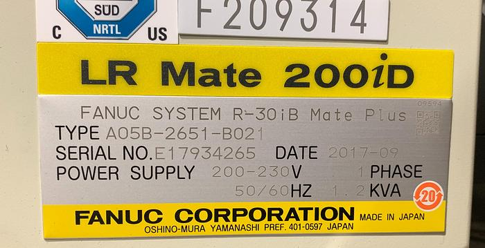 FANUC LR MATE 200ID/7C CLEAN ROOM 6 AXIS ROBOT WITH R30IB MATE PLUS CONTROL