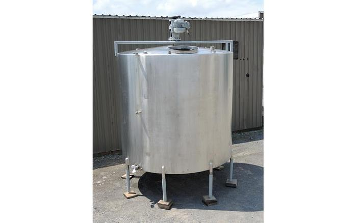 USED 3500 GALLON TANK, STAINLESS STEEL, WITH 2 HP MIXER