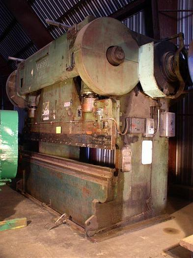 Used 12' x 250 Ton Verson Model B1110-250 Press Brake