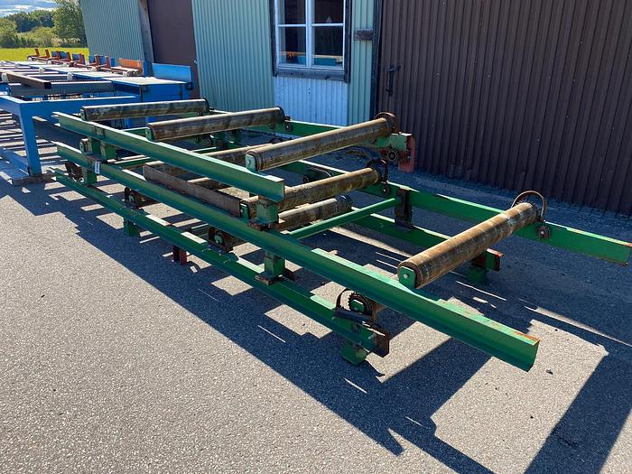 Used Roller conveyor for lumber packs