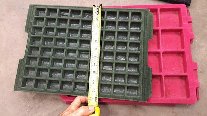 Used 200 Felt Trays Sectional Jewelry Tray Handling Delicate Parts Flock Plastic