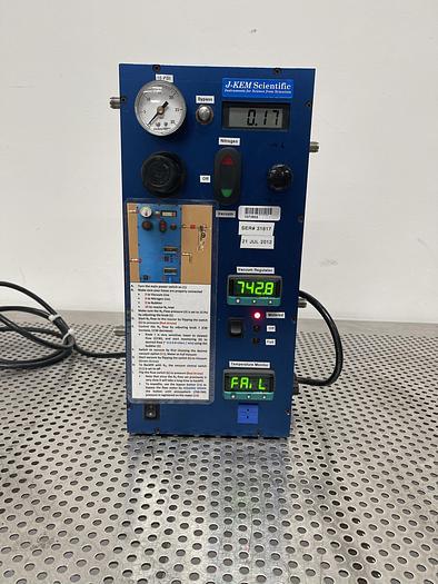 Used J-Kem Scientific Vacuum and Nitrogen Controller/ Regulator Temperature Monitor