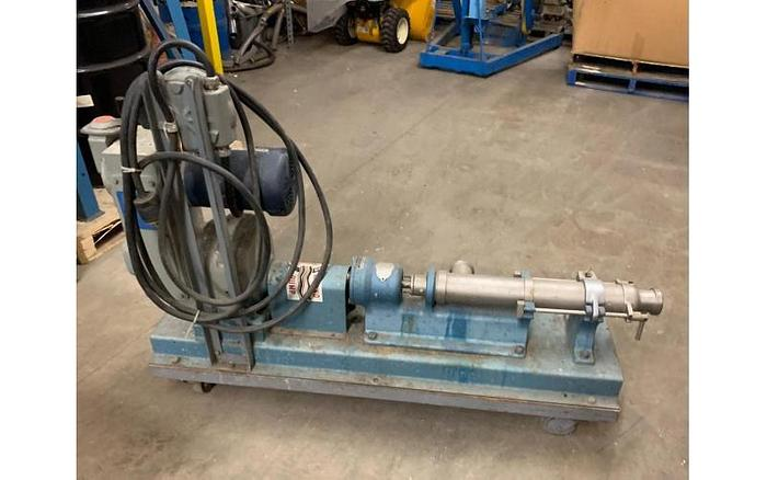 "USED MOYNO PROGRESSING CAVITY PUMP, 2.5"" X 2.5"" INLET & OUTLET, STAINLESS STEEL"