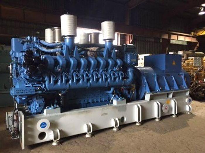 Used 2.2 MW 2008 Used MTU 16V4000G83 Diesel Generator