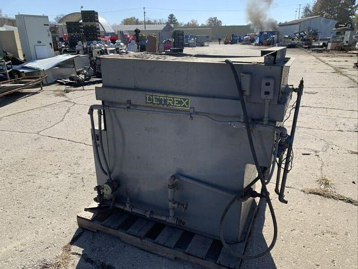 """Used Detrex Degreaser 2D500E Parts Washer 48""""x 24""""x 36""""Chamber Size 2D-20 440V"""
