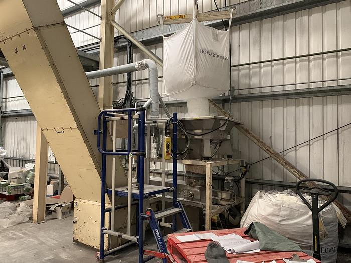 Used 1985 FLOWMAT  Vibratory Bag Discharger