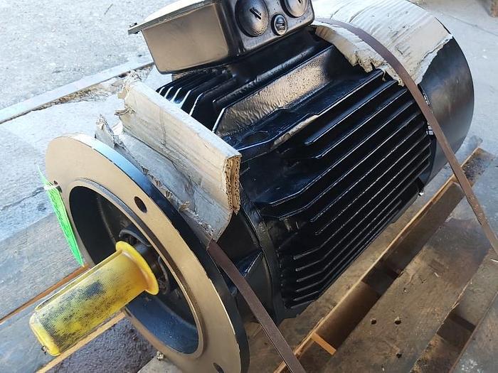 Elektromotor mit Flansch, AMHE 180M ZG2, 22 KW, 2930 rpm, AEG,  neu -50%