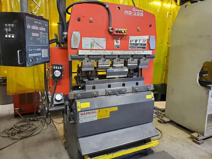 Used 1998 38 Ton Amada RG-35S CNC Press Brake