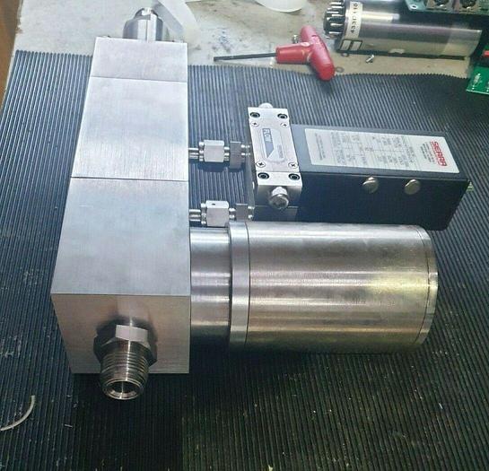 Used SIERRA  860-SC-973-505-1C-P MASS FLOW METER (rbd2.1b2)