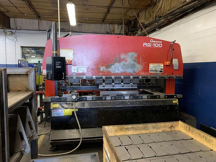 Used 2000 110 Ton Amada RG-100 CNC Press Brake
