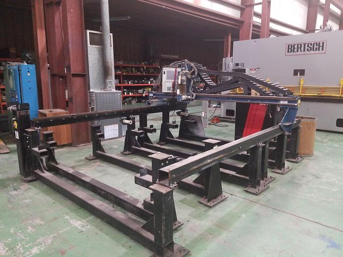 6' x 20' MESSER M2B2-0010 CNC Plasma, 100 Amps, PILOT Control, Dry Table, 1999