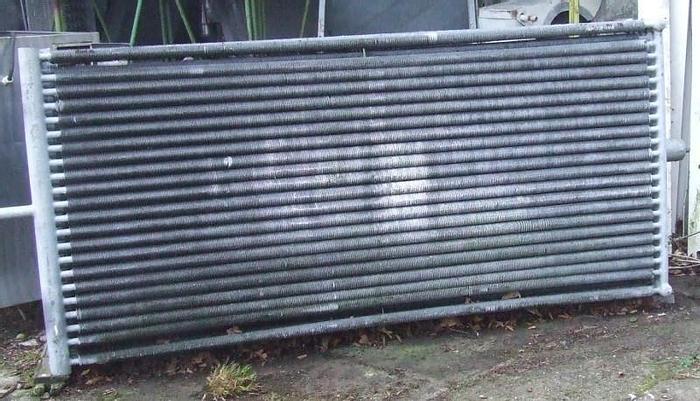 Used Wymiennik ciepła stalowy, ocynkowany, rurowy z lamelami okręconymi na rurach