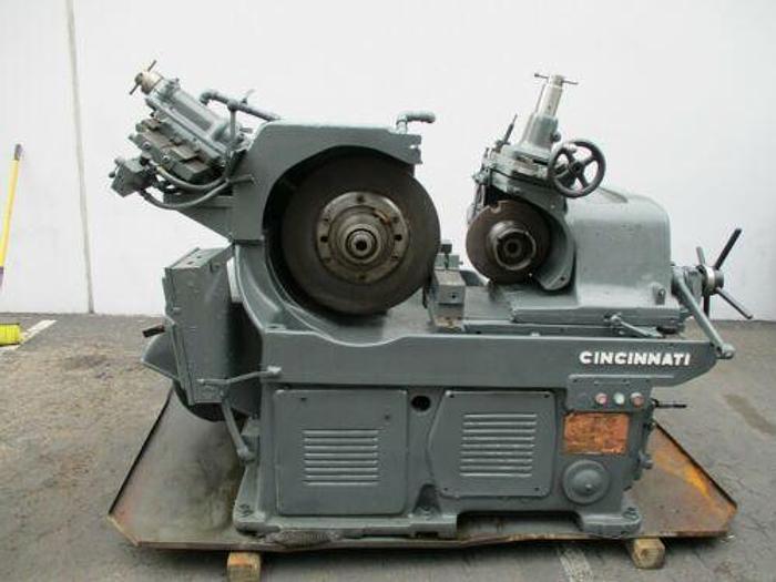 Used CINCINNATI #2 CENTERLESS GRINDER EA TYPE SERIAL # 2M2H1P-140