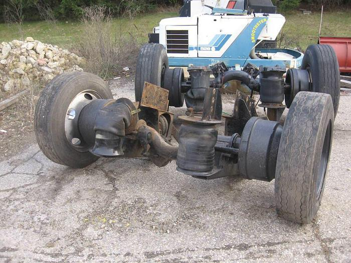 Used 1998 New Way Pusher Axle- Stock #: 1240