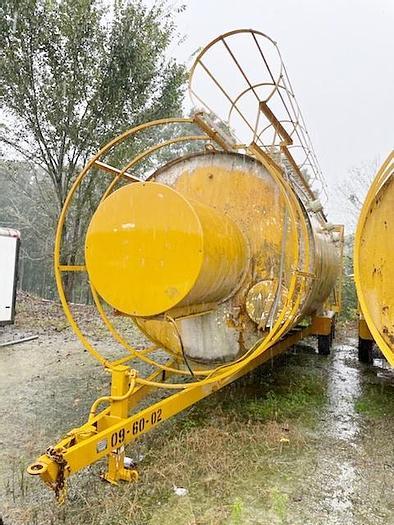 Used 2003 Mobile Concrete Technologies, Inc./Cemen Tech MT-270P
