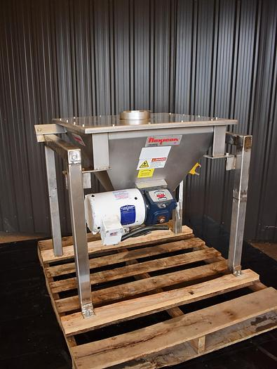 Used USED FLEXICON STAINLESS STEEL HOPPER / DUMP STATION, WITH AGITATOR & IMPACTOR