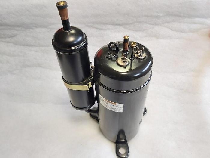 Automatischer Öl Temperaturregler, C-RN223H3C, Y000Z1120035, Makino,  neu