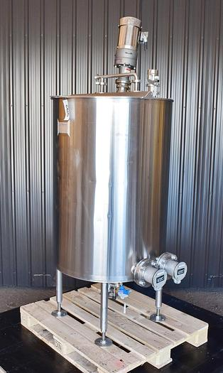 Used USED 150 GALLON STAINLESS STEEL PROCESSING TANK, INSULATED, WITH IMMERSION HEATERS & MIXER