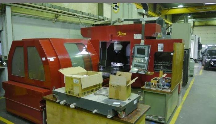 Usata FRESATRICE A PORTALE MOBILE FPT DINO CNC