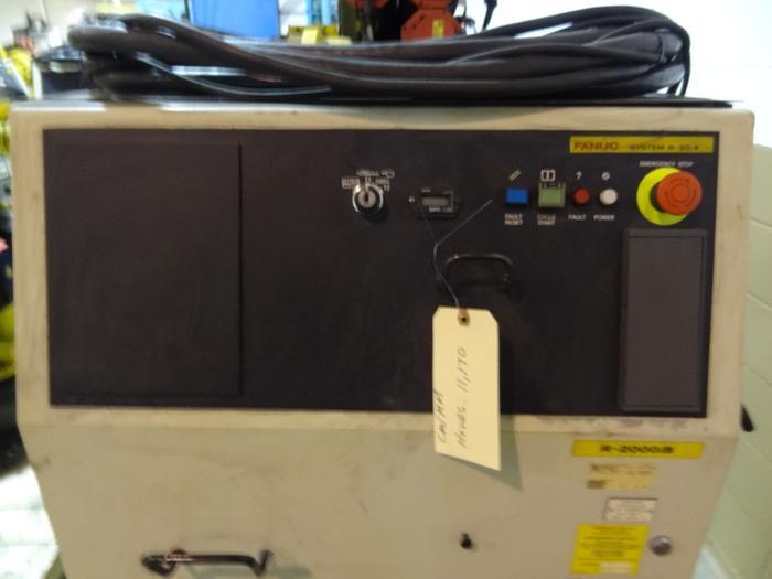 FANUC R2000iB/165F 6 AXIS CNC ROBOT W/ 30iA CONTROL