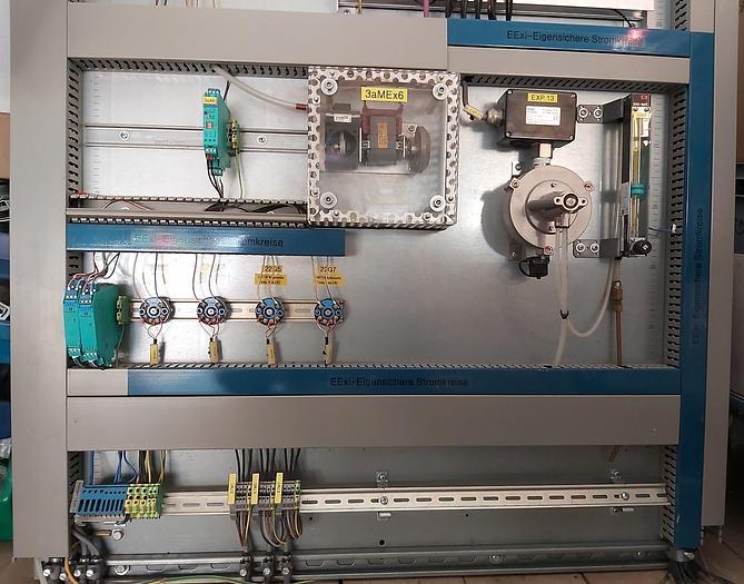 Gebraucht Komplette Gas Messstation inkl. Polytron 2 IR Ex 334 Dräger,  gebraucht