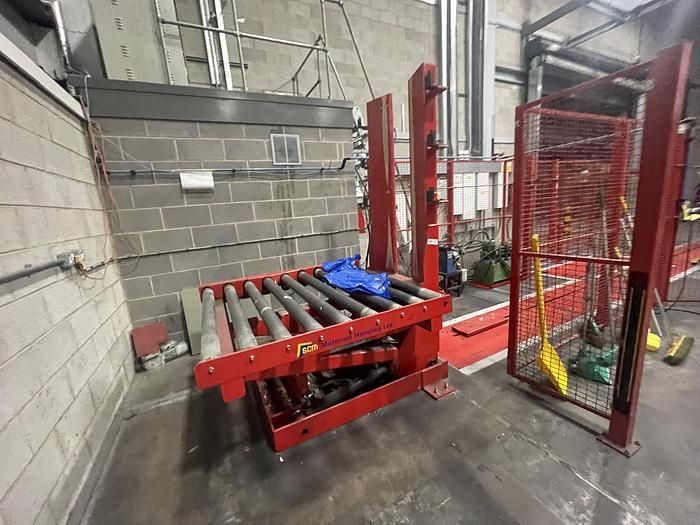 Used SCM NNP Pallet lift