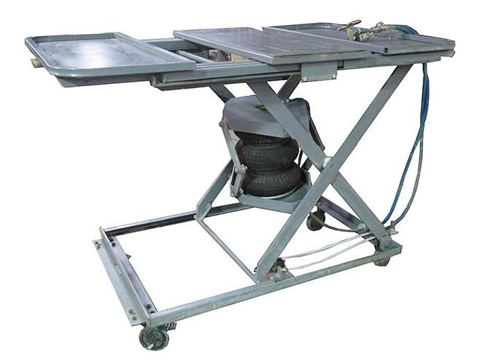 City Lifts 600lb Cap. Pneumatic Lift Table