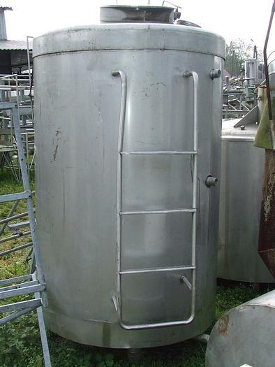 Used Zbiornik magazynowo – procesowy z mieszadłem ramowym wolnoobrotowym z płaszczem grzejno-oziębiającym z izolacją termiczną i płaszczem zewnętrznym.