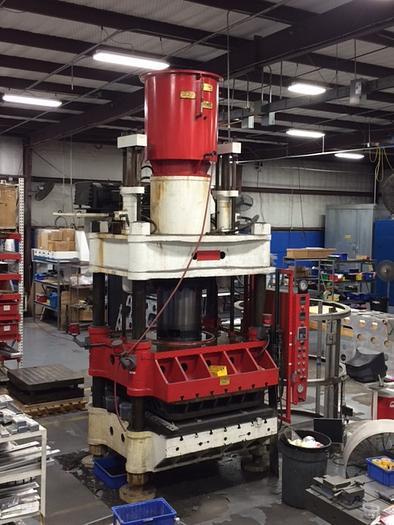 Southwark 500 Ton Hydraulic Rubber Pad Press