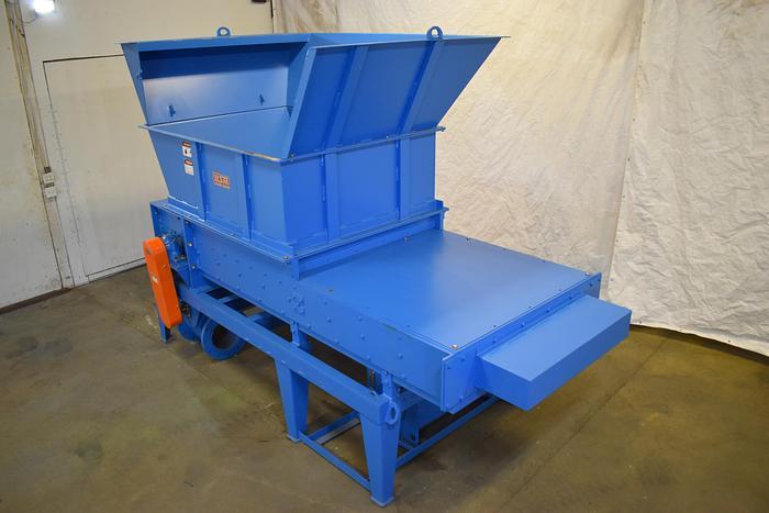 Used West Salem Machinery 1662 HT shredder  horizontal high torque grinder with pusher ram, hopper feed