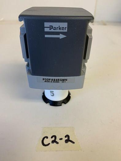 "Parker 5/8""Regulator P32FA94EGMN New No Box  Fast Shipping!~Warr"