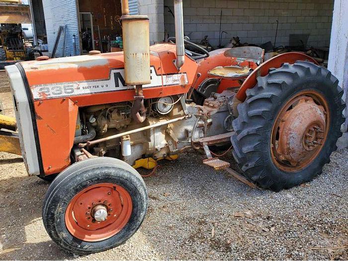 Used Massey Ferguson 235 Tractor