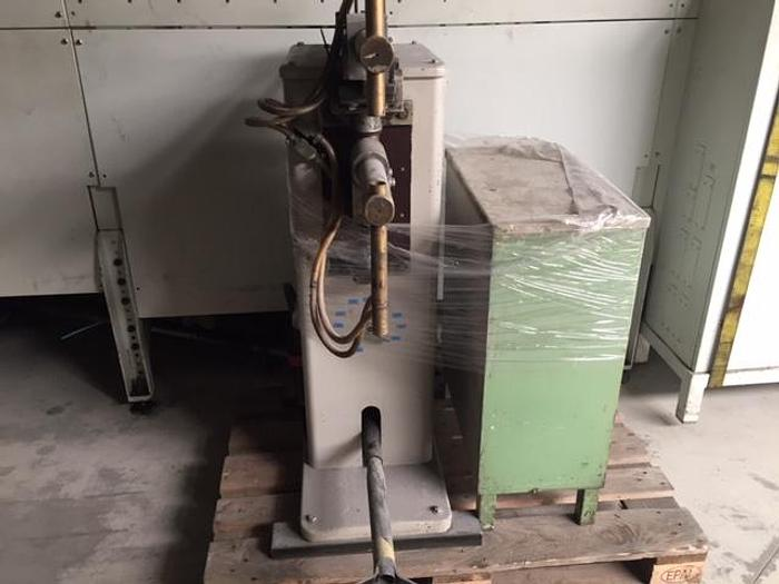 Gebruikt Puntlasmachine Howel HWT-15