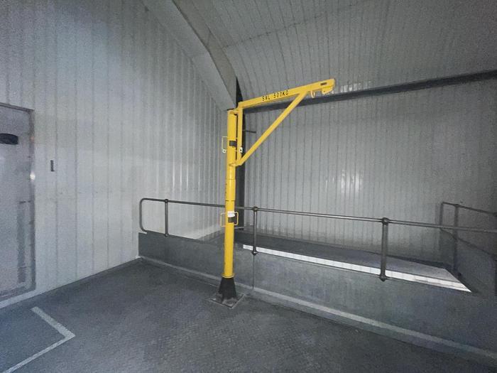 Used DIDSBURY ENGINEERING Minilift 500 Split Pillar Lifting Davit