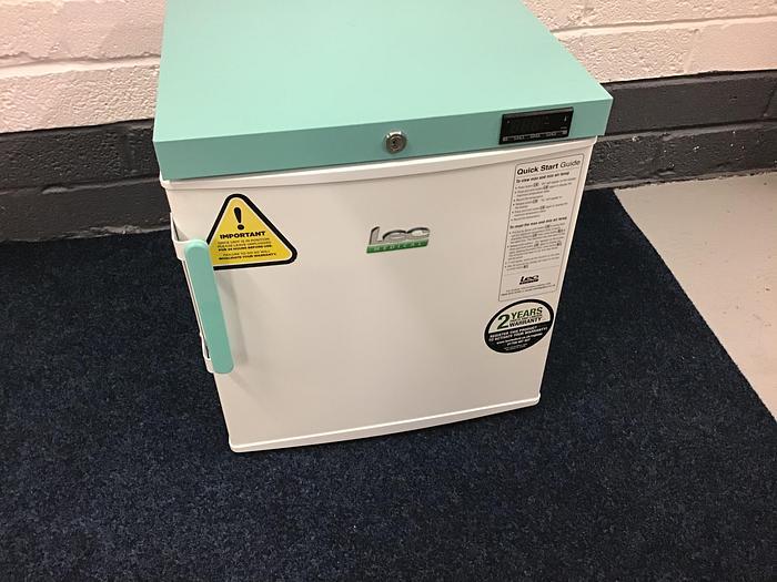 LEC Pharmacy Refrigator 47 litre Solid Door 109C