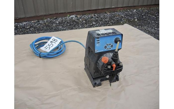 USED METERING PUMP, 3.38 USG/HOUR, 100 PSI