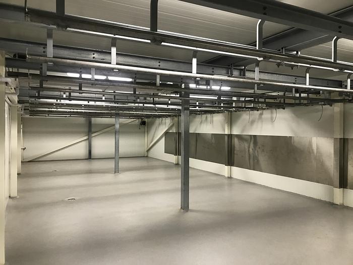 Använd Slaktbanor till Kylrum 14x6meter, 2 rum