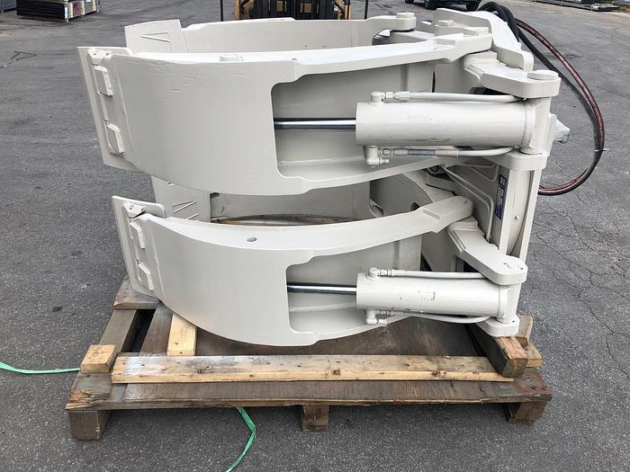 "Used 72"" CASCADE SPLIT FRAME PAPER ROLL CLAMP MODEL 90F-RDS-112 MFG. 2013"