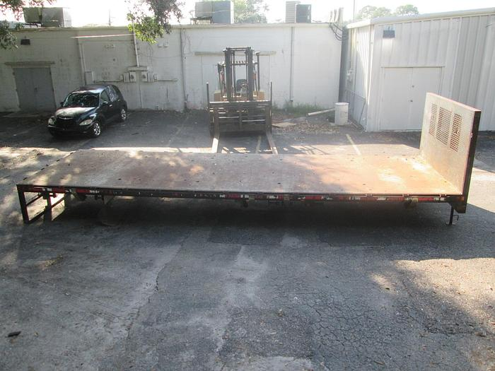 Used Supreme 26' Flatbed Truck Body