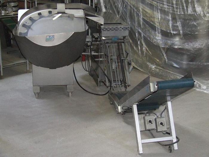 Used Linia do zadawania/orientowania i pakowania bułek w opakowania zbiorcze (woreczki) z zamknięciem na klips plastykowy z wtopionym drutem
