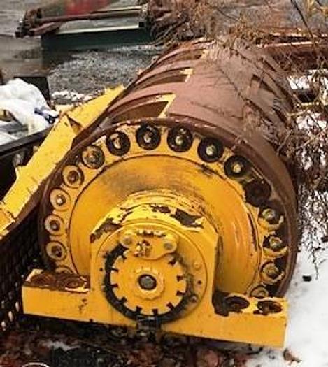 Used 2012 Vermeer Chip mill HG6000