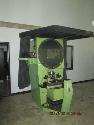 NICE 30 INCH COMPARATOR MADE IN ENGLAND WITH QUADRA CHECK 2000