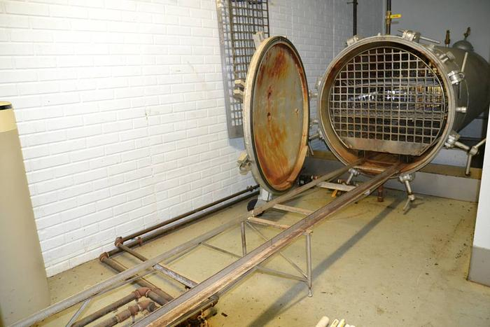 Autoclave (horizontal) and Ajax Boiler