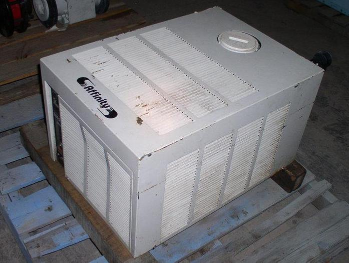 Used 1 kW Affinity Model RAA-003B-BE01CB Water Chiller