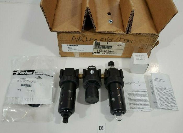 "*NEW IN BOX* PARKER 15A1B00002 PRESSURE REGULATOR OIL WATER SEPARATOR 1/4"" NPT"