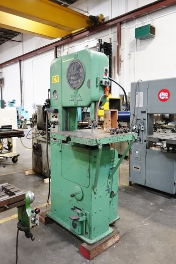 2012 DoAll-Model-2012-A-20-034-Vertical-Metal-Bandsaw-w-Blade-Welder-Power